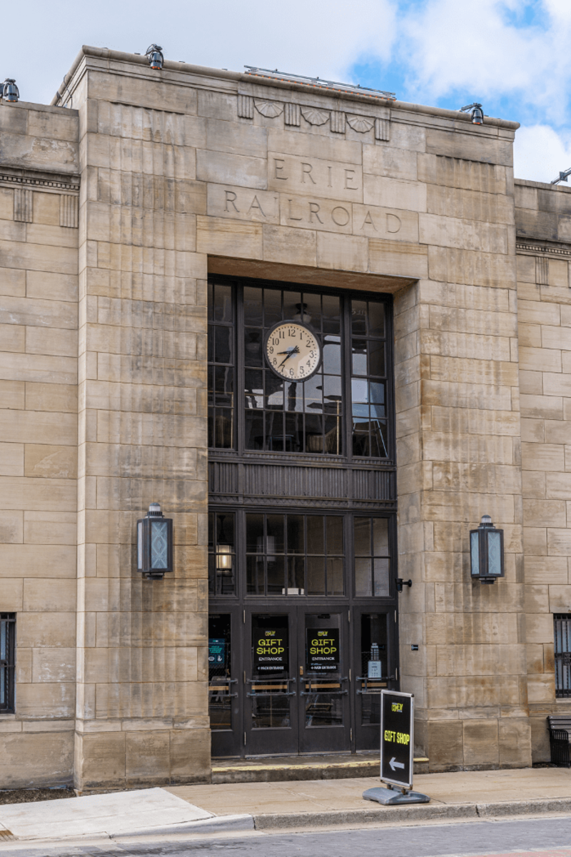 Original 1930s Hope's steel doors and transom windows in the historic train station entrance were refurbished during the building's restoration – a testament to their strength, durability, and longevity. Chautauqua 360 Photography